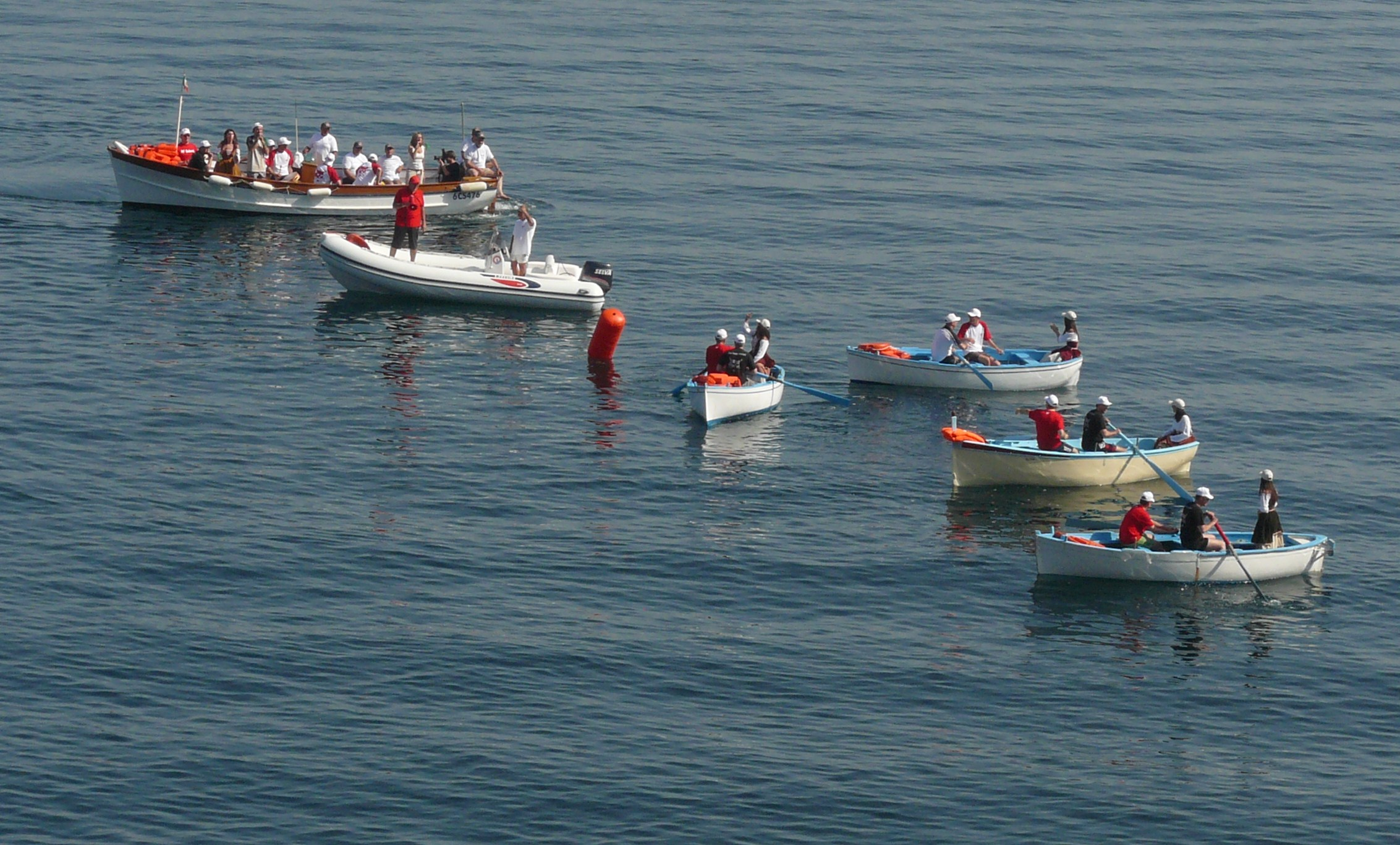 BOBCAT – regata con gozzi napoletani – 40 persone – Golfo di Napoli